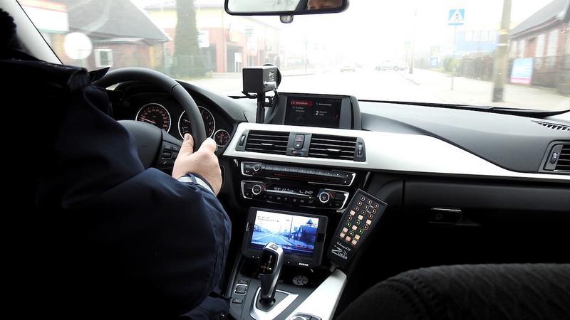 BMW 330i xDrive - nowe nieoznakowane radiowozy policji
