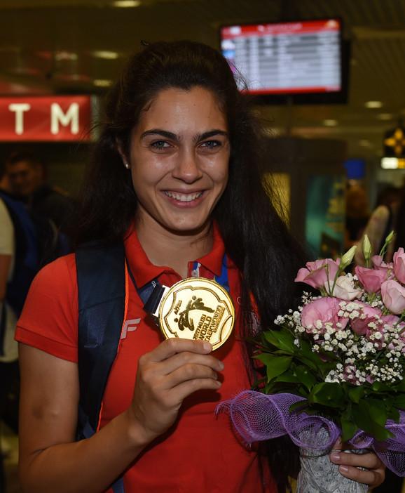 Jedna od naših najboljih sportistkinja: Milica Mandić zna samo za medalje