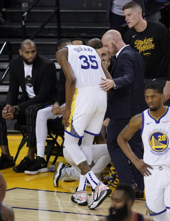 Kevin Durant napušta parket