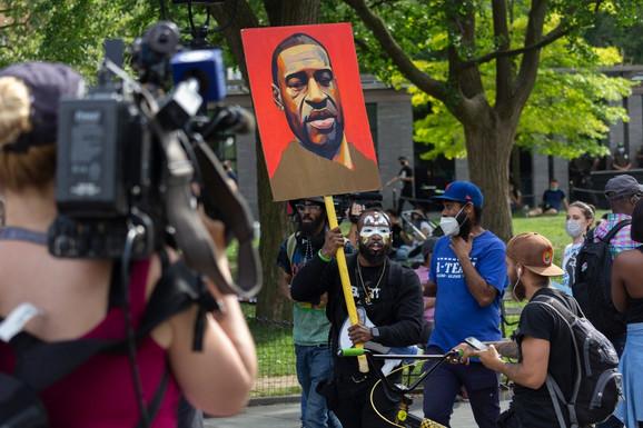 Protest zbog smrti Džordža Flojda u Njujorku 18. juna