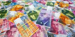 Banki wyliczają, ile kosztuje ich przewalutowanie kredytów frankowych. Gigantyczne sumy