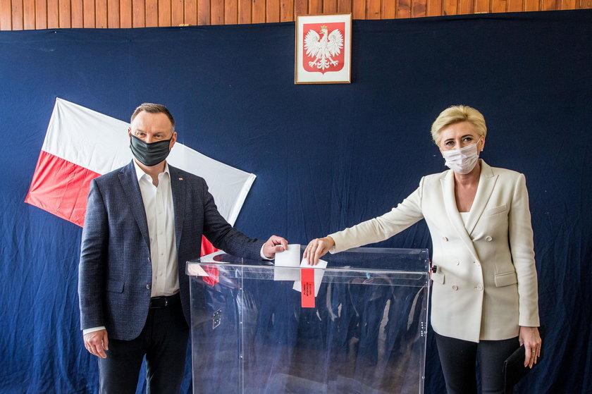 Andrzej Duda łapał oddech w dniu wyborów w krakowskiej willi