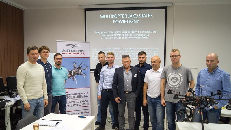 Drony opanują stadion! Szkolenie UAVO VLOS na Narodowym
