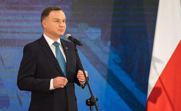 Według sondażu United Survey dla DGP i RMF, prezydent Andrzej Duda uzyska w pierwszej turze 43 proc. głosów