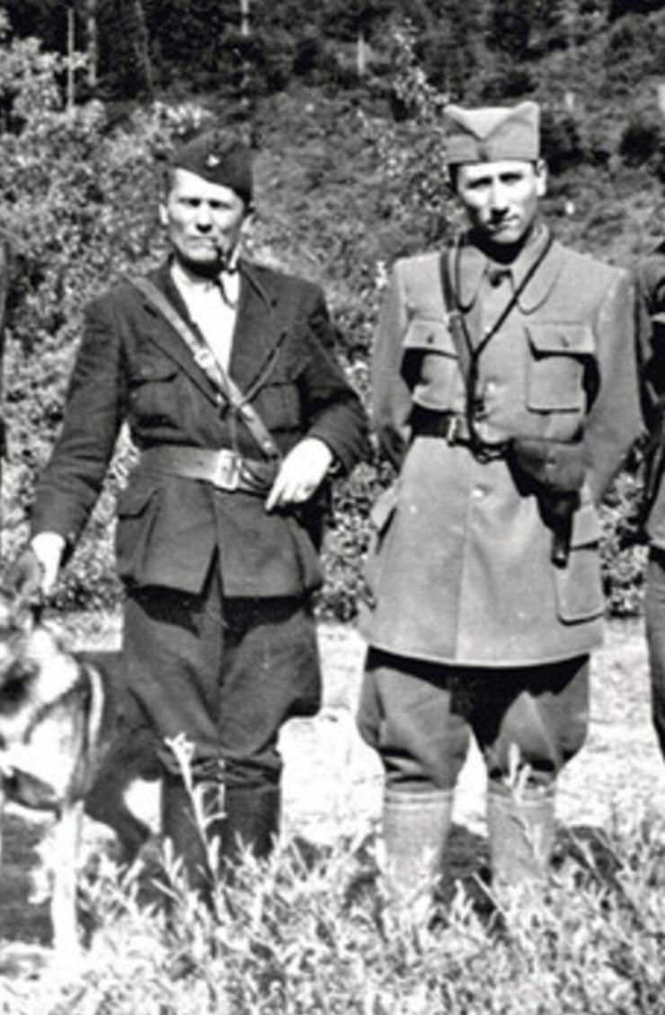 Aleksandar Rankovic Tito i Ranković u Glamoču, avgusta 1942 foto Wikipedia