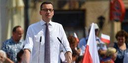 Przechwałki premiera w Sandomierzu. Lawina kpin
