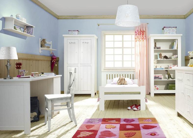 Błękit wycisza. Kolorowy wystrój wnętrz z wykorzystaniem mebli dziecięcych firmy Pinio (www.pinio.com.pl)