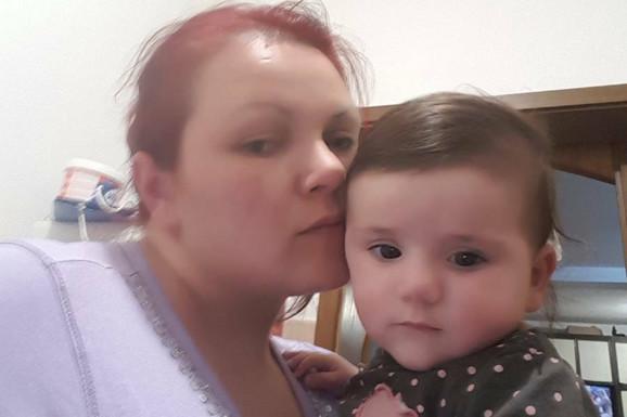 Aleksandra i najmlađa beba Sanja.