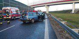 Śmiertelny wypadek na S8. Pasażerka wypadła z auta