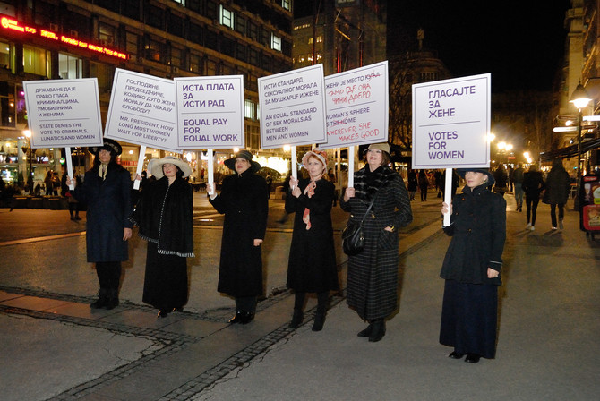 Glumica Gorica Popović na čelu povorke: šetnja za ženska prava