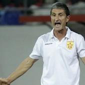 KORONA ŠOU U ALBANIJI Trener odbio da vodi ekipu da se ne bi zarazio, pa momentalno dobio OTKAZ