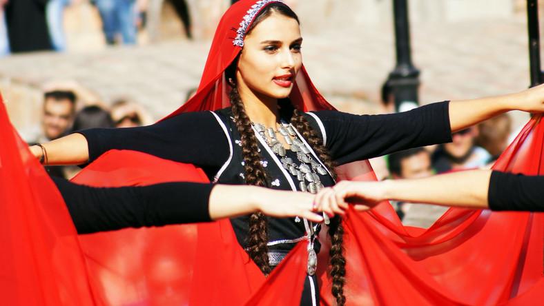 Pokaz tradycyjnego tańca gruzińskiego