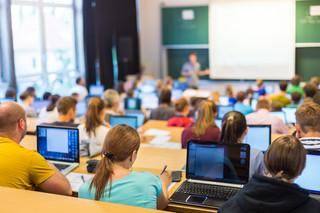 Praktyki studenckie będą krótsze