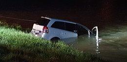 Samochód wpadł do rzeki San. 5 młodych osób otarło się o śmierć