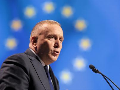 Grzegorz Schetyna podczas konwencji PO 21 października