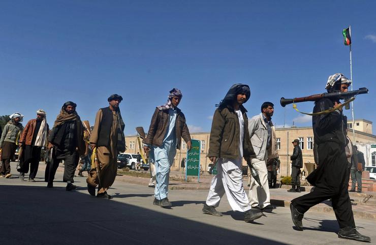 Talibani su vladali Pakistanom od 1996. do 2001, ali se za šerijat bore i danas