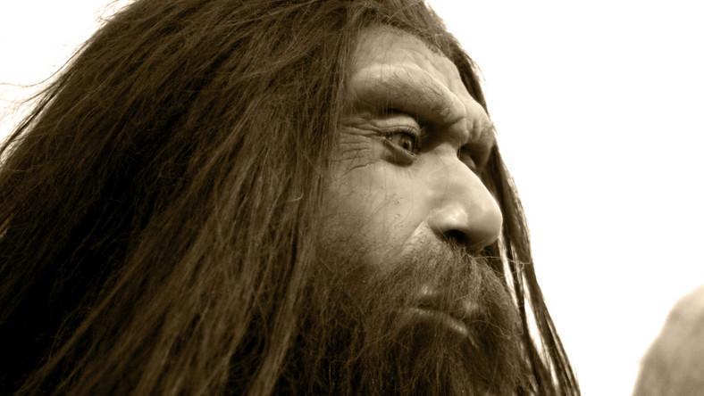 neandertalczyk jaskiniowiec