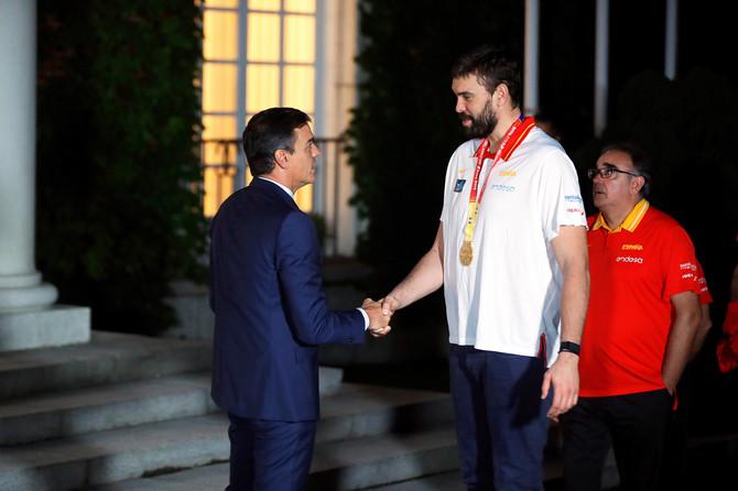 Košarkaši sa premijerom