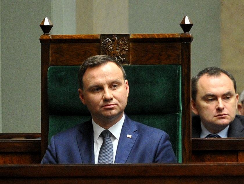 Kancelaria Prezydenta Dudy pozwie Komorowskiego