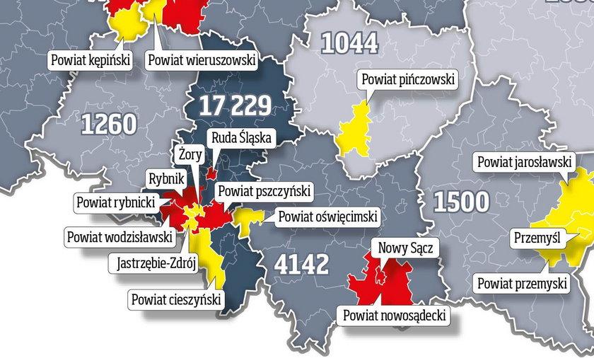 W strefach pod zaostrzonym nadzorem znalazło się 19 powiatów.