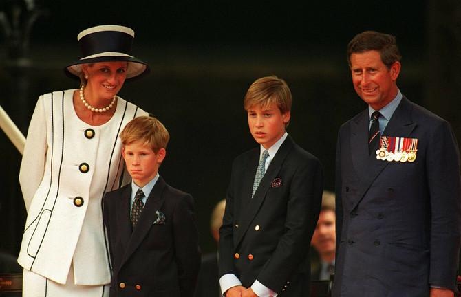 Princ Vilijam je skandal sa golišavim fotkama jako teško podneo