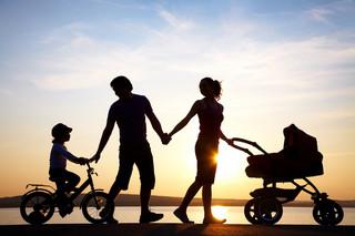 RPO: Trzeba ułatwić rodzicom godzenie pracy i opieki