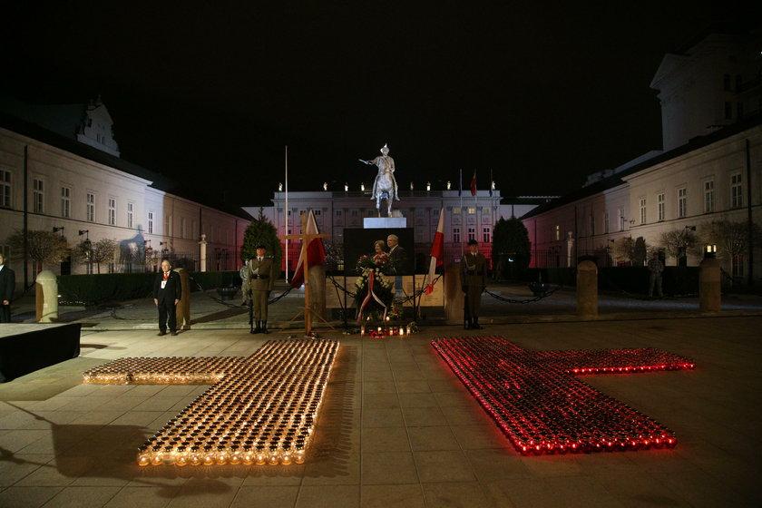 Obchody ósmej rocznicy katastrofy smoleńskiej. Relacja na żywo