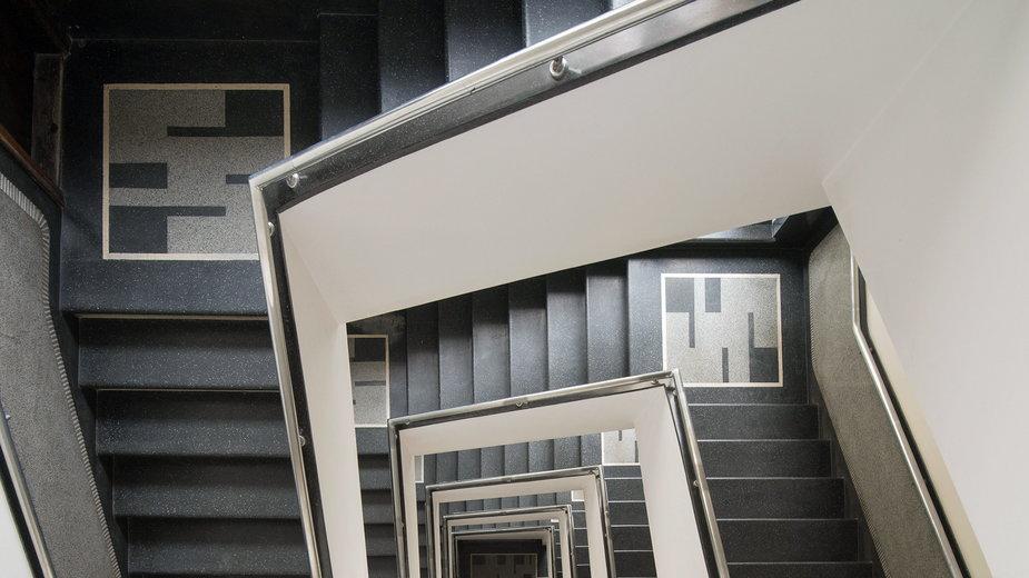 Modernistyczne klatki schodowe w Gdyni