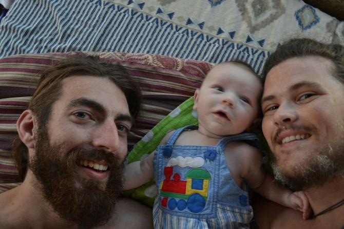 Danas su, kažu, srećna porodica