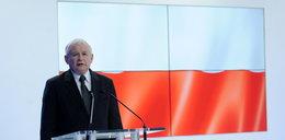Kaczyński opowiada o krasnoludkach i dostaje brawa!