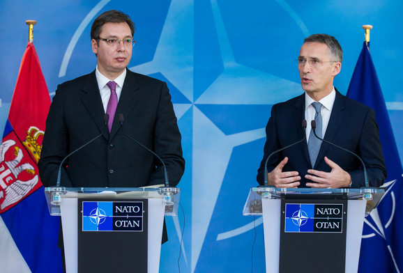 Aleksandar Vučić i Jens Stoltenberg