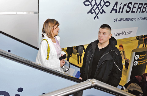 Evo kako se Kija Kockar i Slobodan Radanović ponašaju kada se ugase kamere tokom snimanja Pinkovih zvezda!