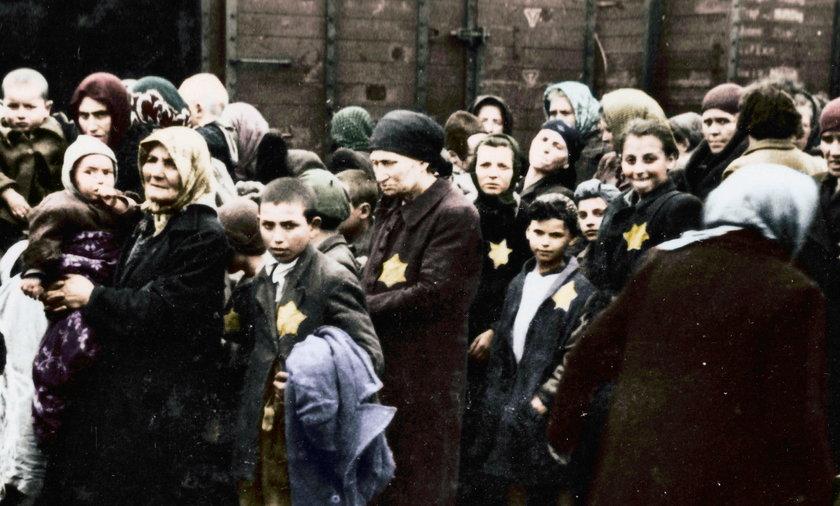 Auschwitz - Birkenau: zobacz zdjęcia z obozu zagłady w kolorze