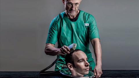 Sergio Canavero zadeklarował, że przeszczepi pacjentowi ciało innego człowieka