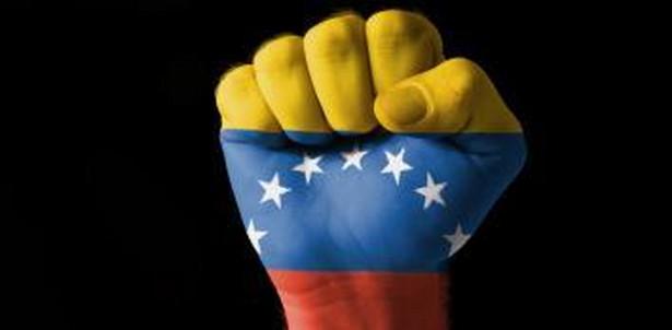 Z przejęciem przez Guaido władzy nie pogodziła się Rosja, która uważa Nicholasa Maduro za jedynego prawowitego prezydenta Wenezueli.