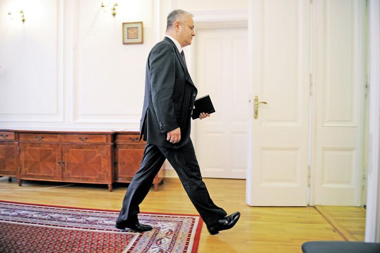 Sve je isto samo njega nema: Mnogi elementi ekonomske politike Mlađana Dinkića debelo su nadživeli njegovo političko delovanje. Subvencije iz budžeta su još uvek glavna poluga za privlačenje stranih investicija, a i Vučićev plan Srbija 2025. mnoge podseća na čuveni Mlađin NIP