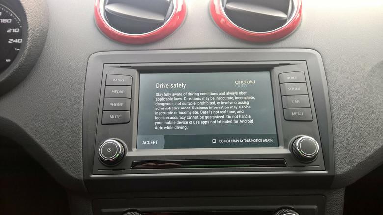 Android Auto - oto, co zobaczy kierowca tuż po podłączeniu smartfona