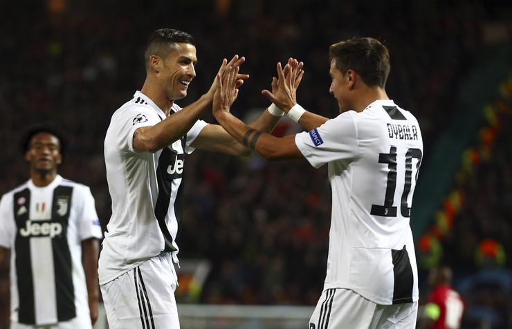 FK Mančester junajted, FK Juventus