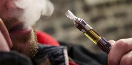 Zapalił e-papierosa. Ledwo uszedł z życiem