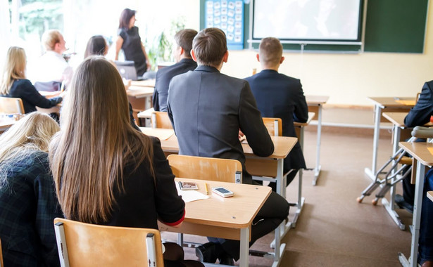 Pierwszy egzamin ósmoklasisty uczniowie napiszą w semestrze 2018/2019