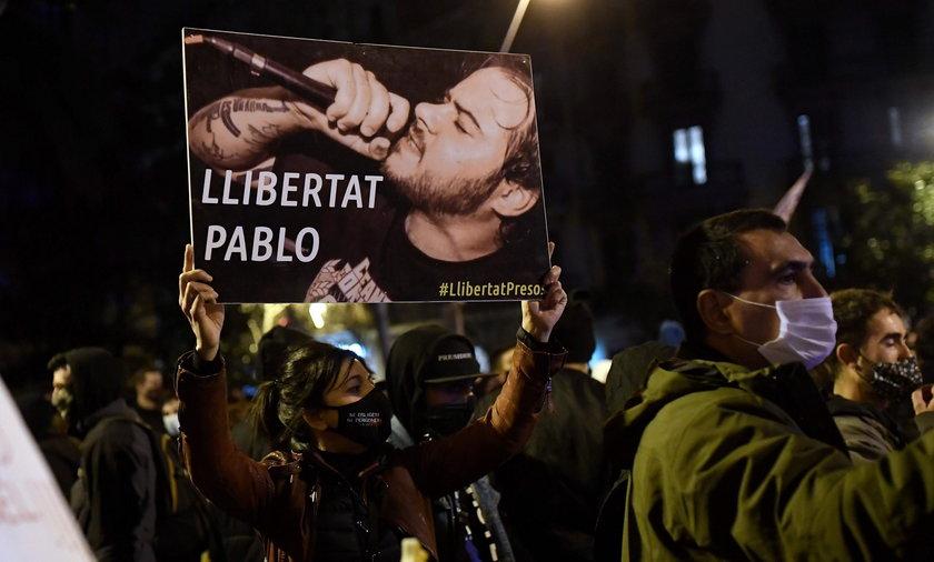 Raper obrażał króla Hiszpanii. Musi udać się do więzienia