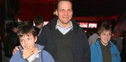 Minister Sikorski pokazał synów. Na czerwonym dywanie