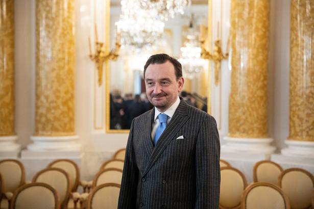 Poza kierującym KRS Leszkiem Mazurem w piątek odwołano też członka prezydium Macieja Miterę