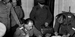 Skandal! Rosjanie wypierają się sojuszu z Hitlerem!