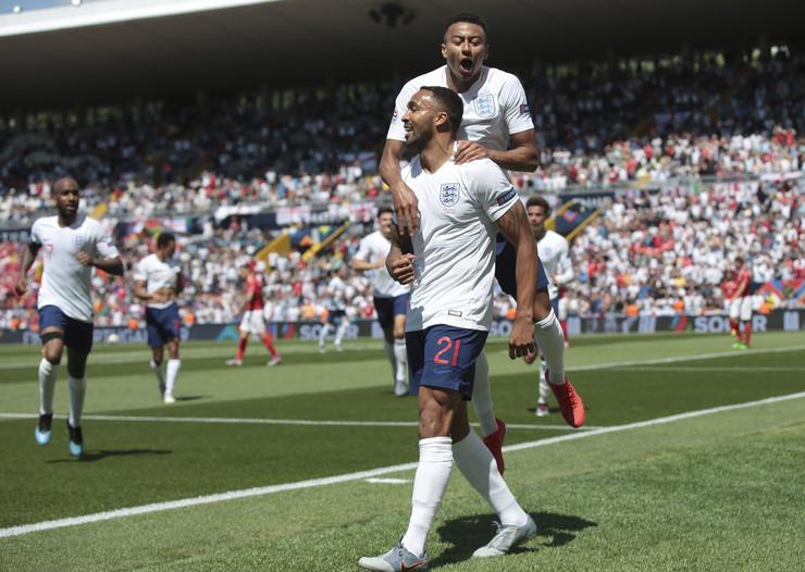 Fudbalska reprezentacija Engleske, Fudbalska reprezentacija Švajcarske