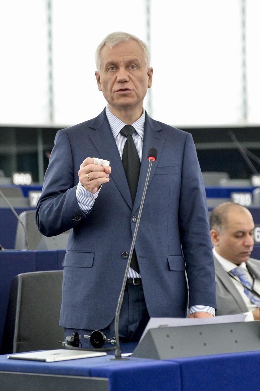 Nowy trend wśród polskich europosłów