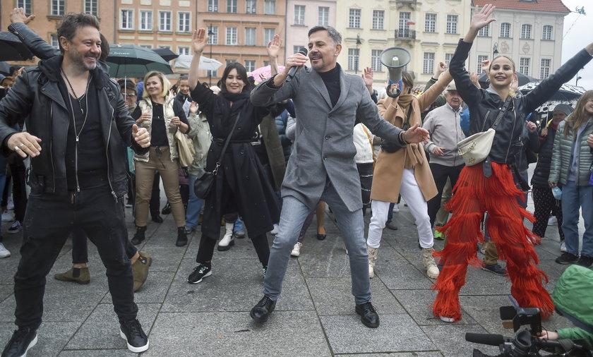 """""""Taniec z gwiazdami"""" na Placu Zamkowym."""
