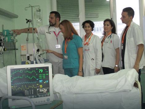 Sa kolegama na poslu u jedinici intenzivne nege