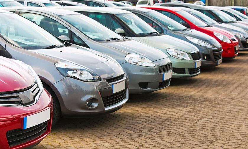 Wzrost ceny używanych aut. To m.in. przez brak układów scalonych.