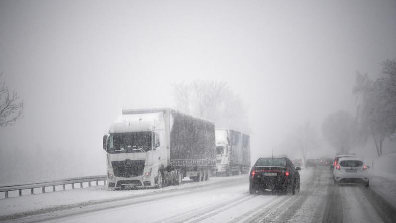 Trudne warunki drogowe w Żurawicy pod Przemyślem